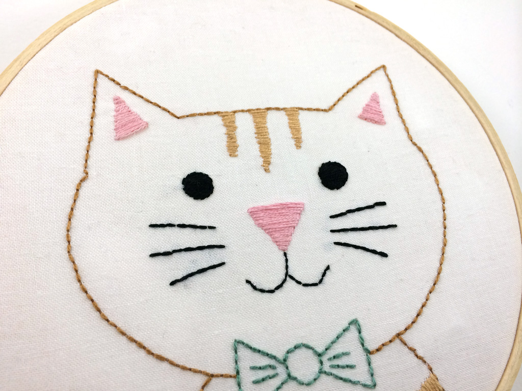 Free Cat Embroidery Pattern from Hugs are Fun