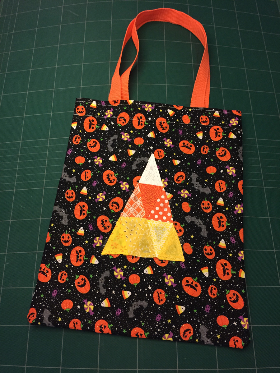 English paper pieced candy corn pattern for 10 minute table runner 30 minute tote bag