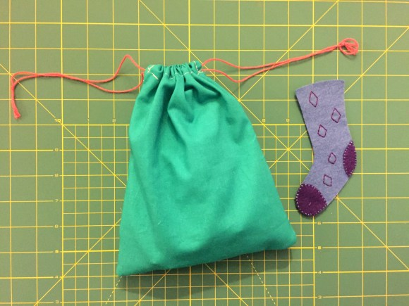 Virtual Busy Bag Swap - Sock Matching Game from Hugs are Fun