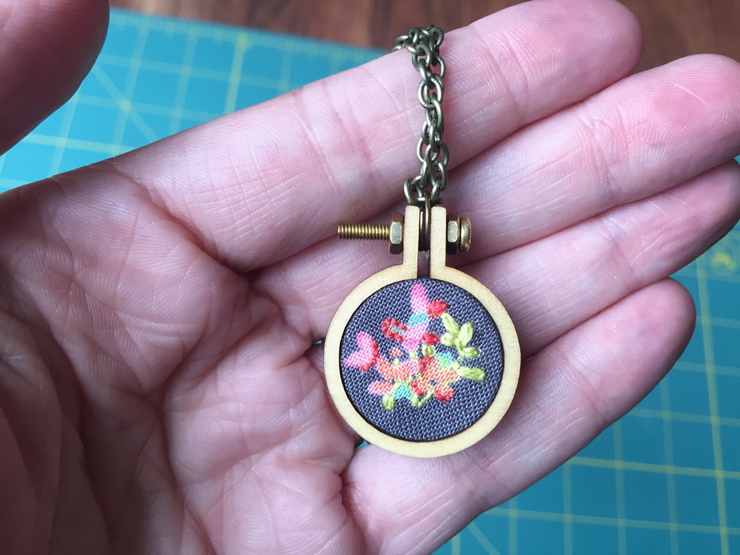 embroiderednecklace