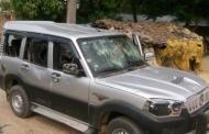 संयुक्त लोकतान्त्रिक मधेसी मोर्चाका कार्यकर्ताले अधिकृतको गाडी तोडफोड गरे