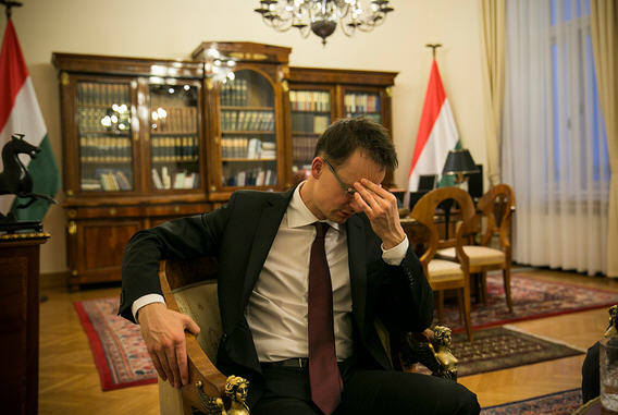 It looks as if Foreign Minister Péter Szijjártó finds the going rough