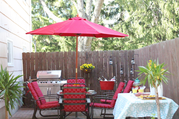 Outdoor Oasis for Summer Entertaining #Pier1Outdoors #Ad