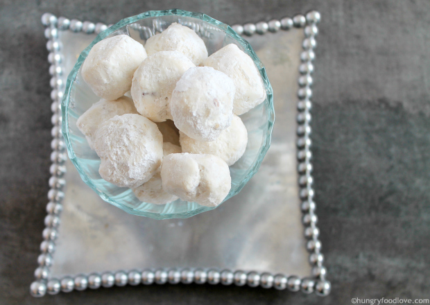 Dulce de Leche Stuffed Polvorones       hungryfoodlove.com