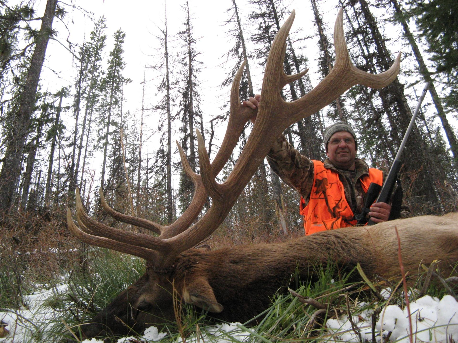 elk hunts with Cody Carr 2009 (12)