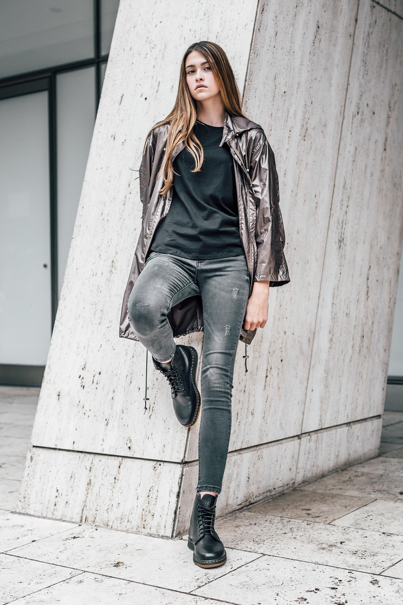 Dr Martens Girl Fashion
