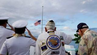 75 years after Pearl Harbor attack, U.S. and Japanese officials together honour victims and vets