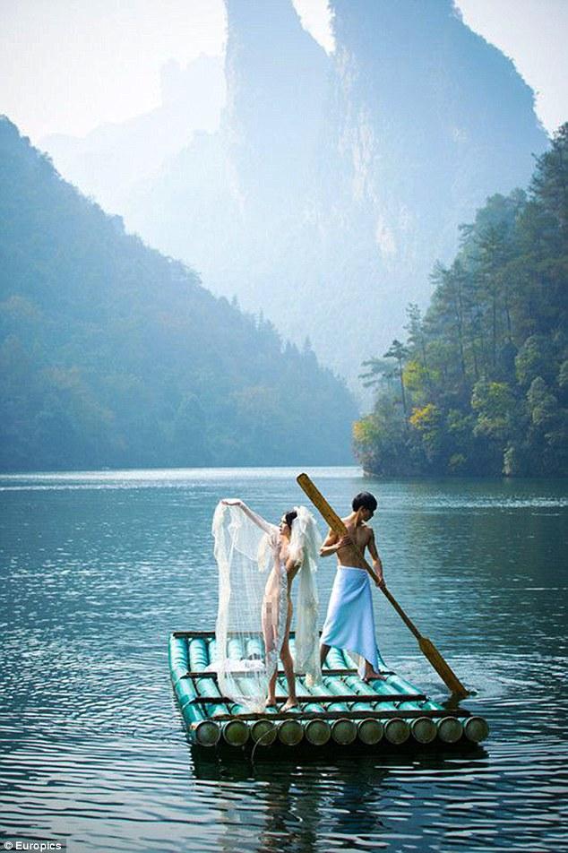 Foto Prewedding telanjang Pasangan Tiongkok Ala Avatar