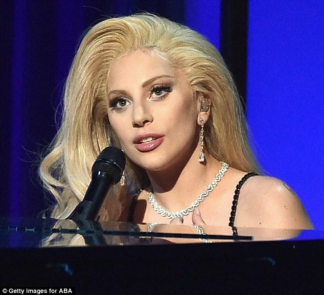Картинки по запросу Lady Gaga slept through Oscar nomination announcement
