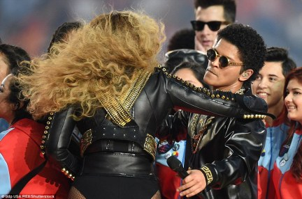 Mutual respect: Beyonce and Bruno also shared an embrace together