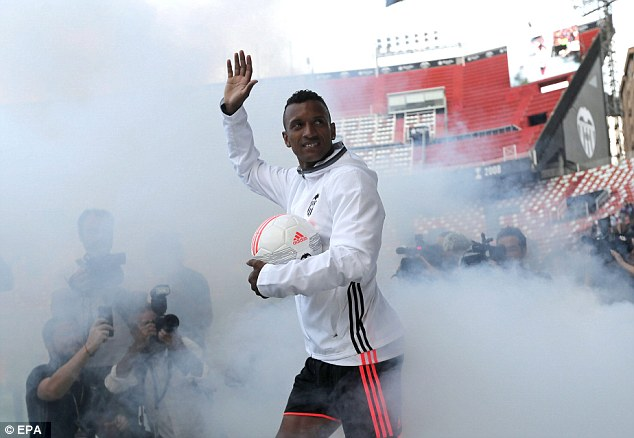 The newly-crowned European champion was welcomed by an estimated 12,000 fans at the Mestalla