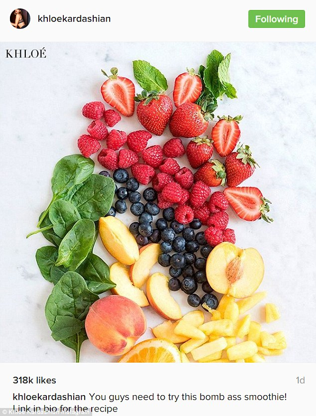 Here it is:She also listed off all eleven ingredients that included bananas, greek yogurt, vanilla or plain, raspberries, strawberries, milk, peaches, oranges, mangos, spinach, pineapple and mixed berries
