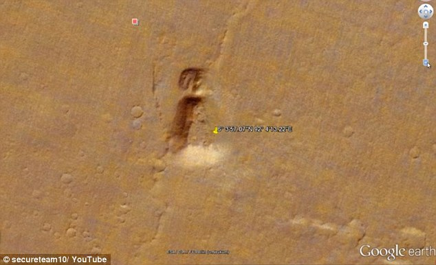 And 6° 3'57.07″N 92° 4'13.22″E in Google Mars (pictured), the YouTuber was able to locate the similar structures on two different planets
