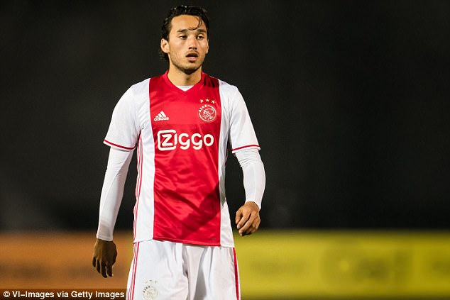 ezra walian formerly of ajax s youth team has been on trial at west ham