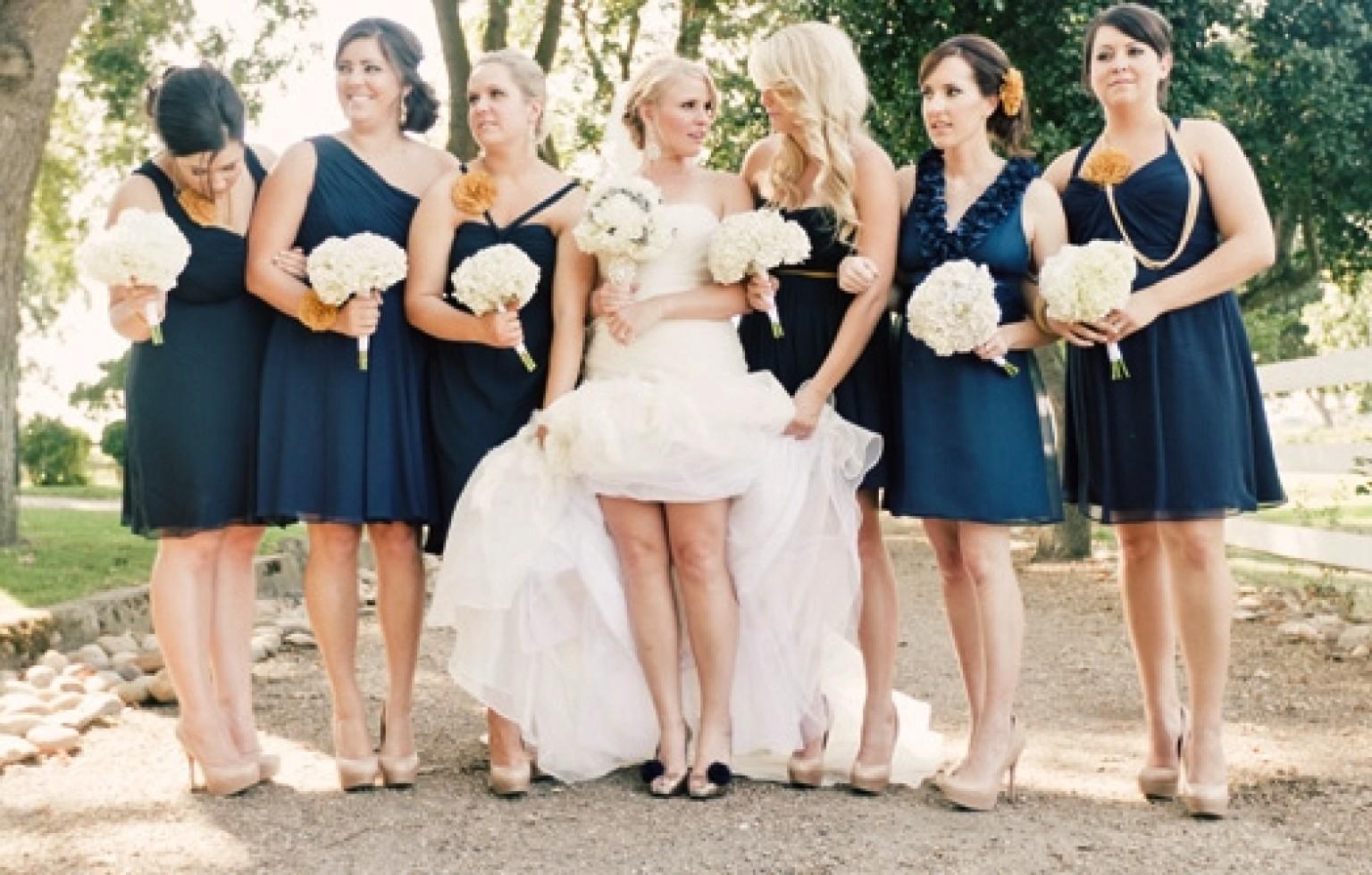 navy blue bridesmaid n navy blue wedding dress