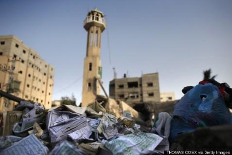 gaza mosque destroyed