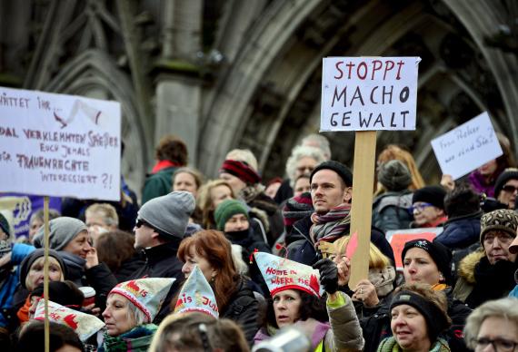 demonstrations against refugees