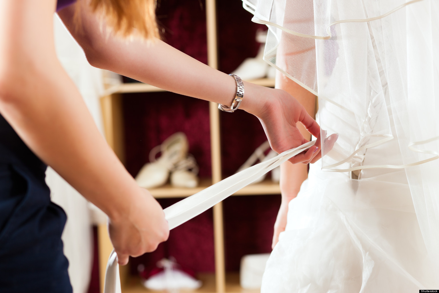 red flags to watch out for b shop wedding dresses