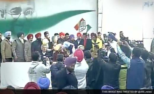 34 Akali Dal, 21 Aam Aadmi Party Leaders Join Congress In Punjab