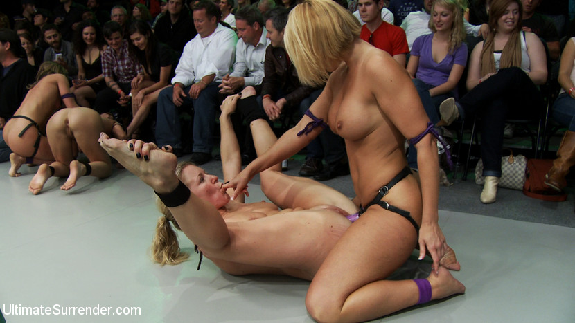 nude girls catfight death