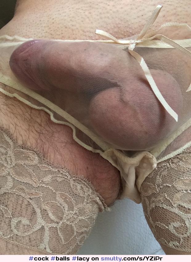 crossdresser skirt bulge