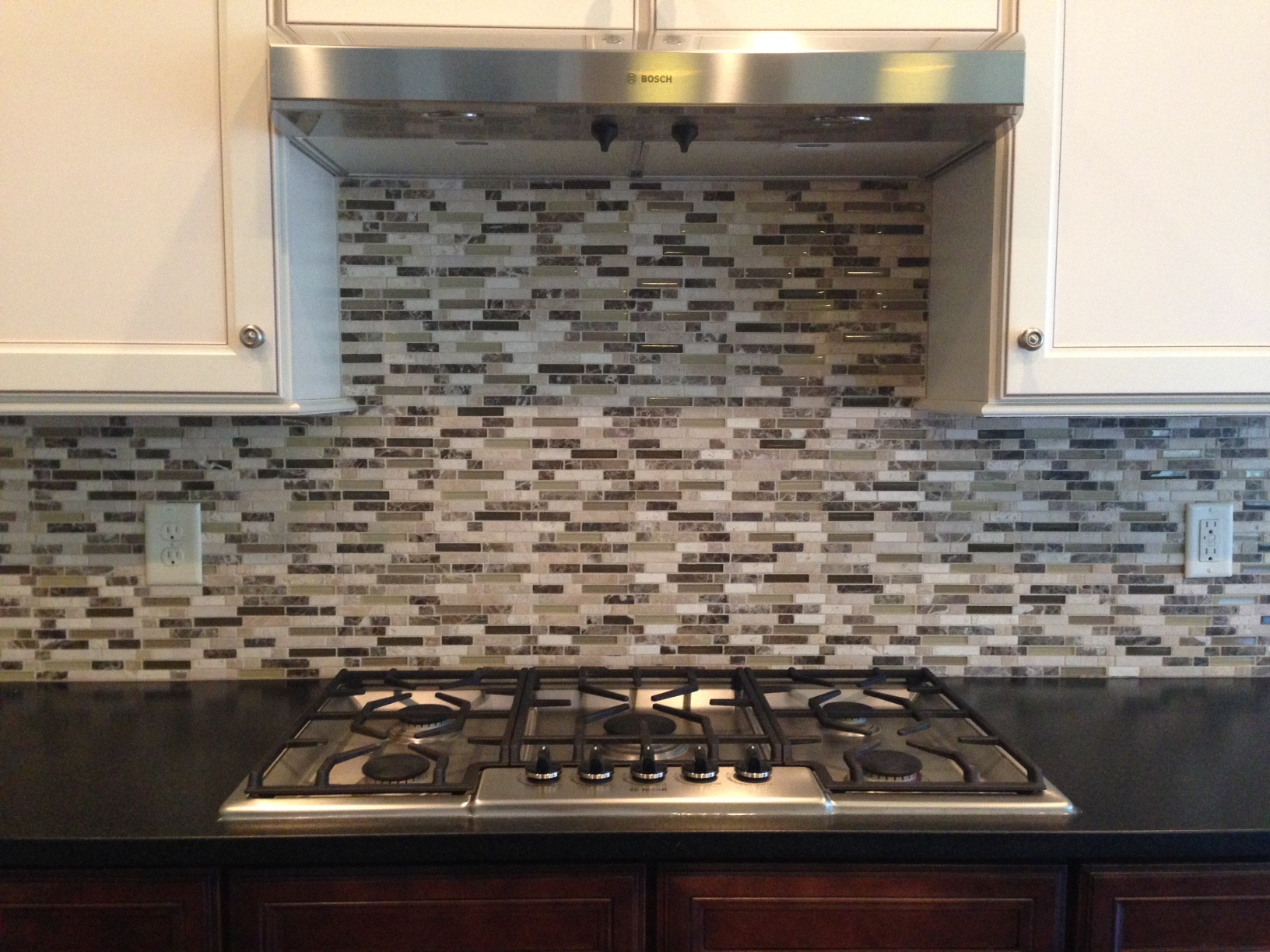 can you replace upper kitchen cabinets without removing tile glass backsplash upper kitchen cabinets backsplash and cabinets