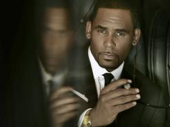R.Kelly's new album, 'Write Me Back,' doesn't rely on guest appearances from other artists.