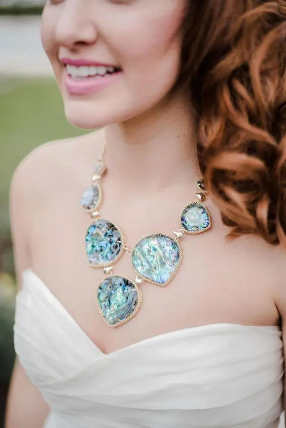 a bold blue geode necklace for something blue, a great idea for a daring bride
