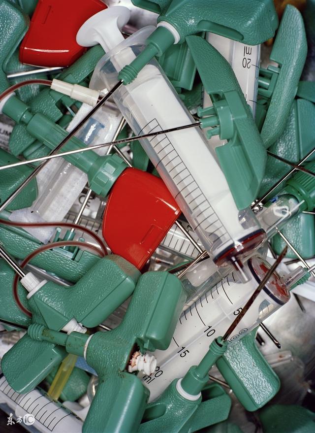 情趣玩具:废弃的一次性医疗用品降低爱滋病v情趣的第四垃圾敏感度会会不成为医疗图片