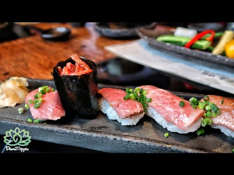 Japanese Food Tour | Tokyo Beef Sukiyaki // With Solotravelblog
