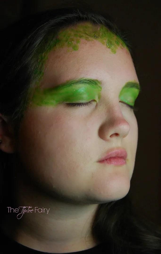 Medusa Face Painting Tutorial with #TulipBodyArt for #Halloween   The TipToeFairy #halloweenDIY #tutorial