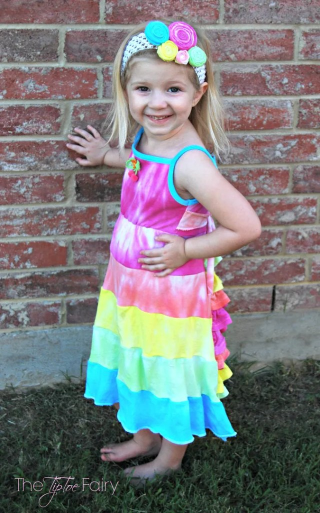 Tie Dye Girl's Bustle Sun Dress Tutorial | The TipToe Fairy #tiedyeyoursummer #tdys