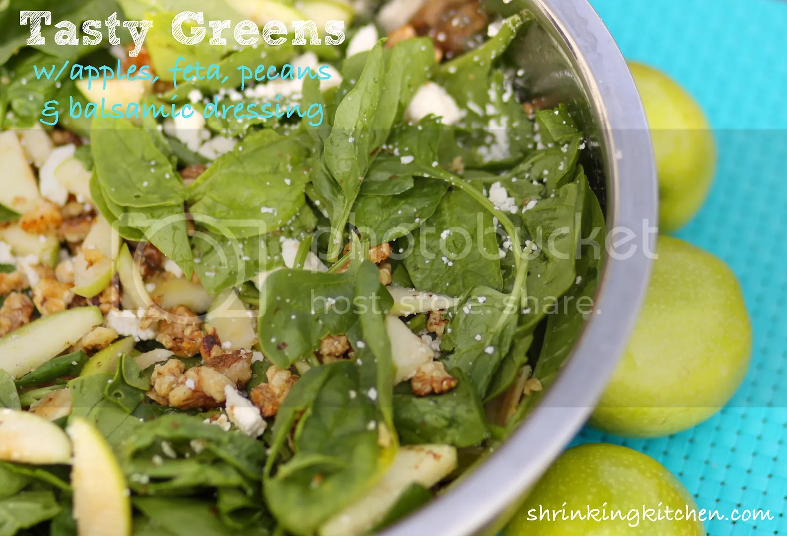 Green Salad with Apple, Feta, Pecans and Balsamic Dressing ...
