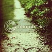 Tặng những ai đang buồn vì tình yêu