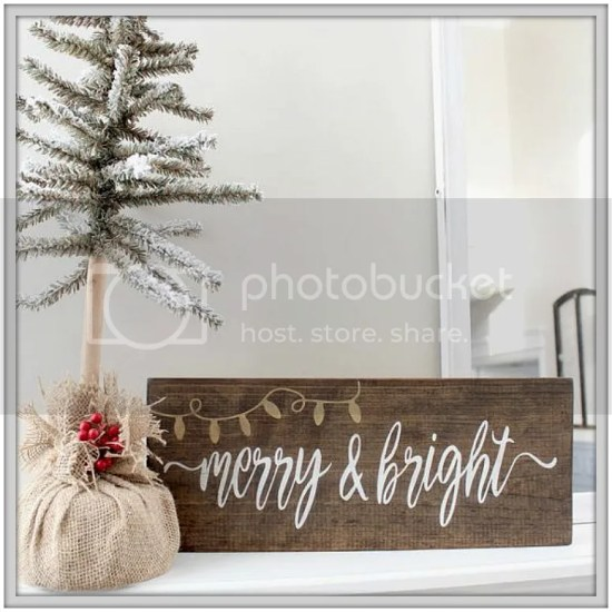 DIY Rustic Christmas Signs and Decor ....ideas and tutorials on creating Farmhouse Christmas