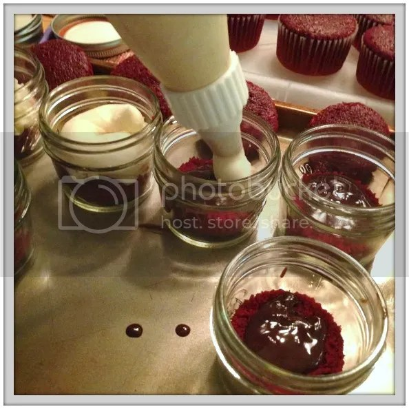 Cake-in-a-Jar Tutorial, with bonus recipes for ganache and buttercream! Palmettos and Pigtails