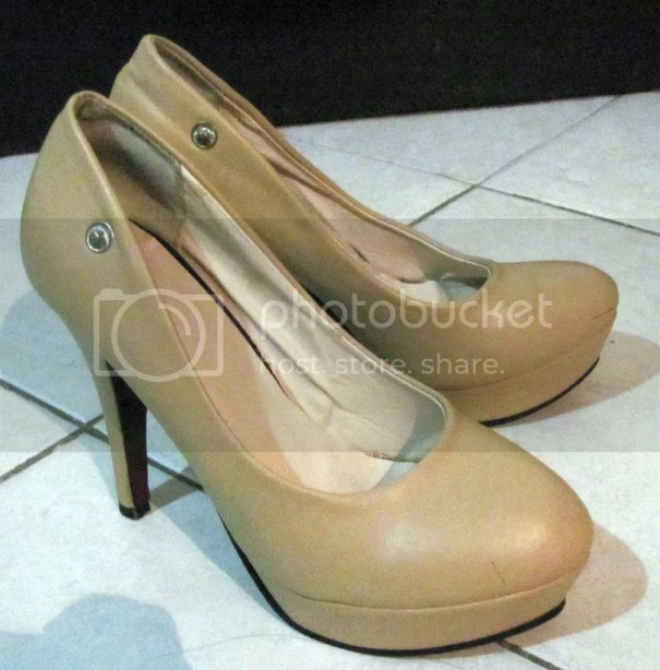 Nude Platform Pumps bought for only P180