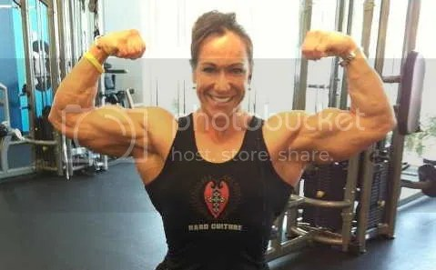 sarah biceps Sarah Hayes Becomes Super Muscular Woman FBB For Pro Card