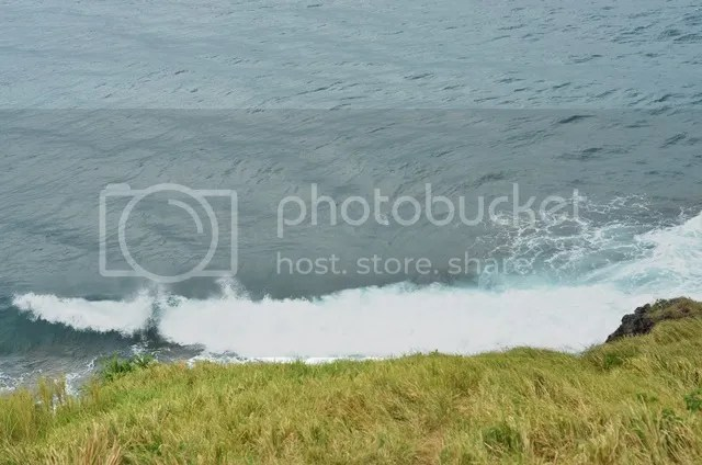 crashing waves basco