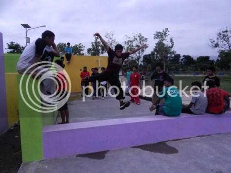 Gambar 4 : Jamming di Parkour Park, Demas Parkour Malang (Run Presisi)