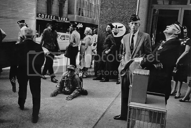 Garry Winogrand Street Photography