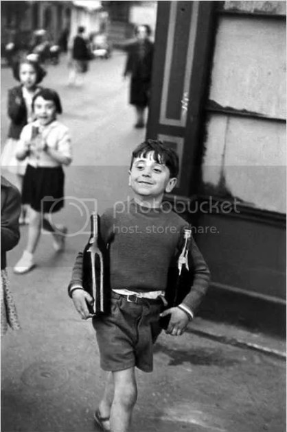 10 Things Henri Cartier Bresson Can Teach You About Street  : cartier bresson rue mouffetard from erickimphotography.com size 418 x 630 jpeg 47kB