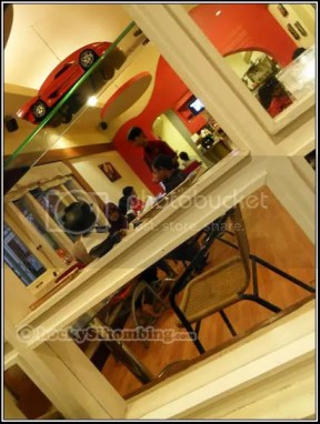 Coklat cafeshop interior