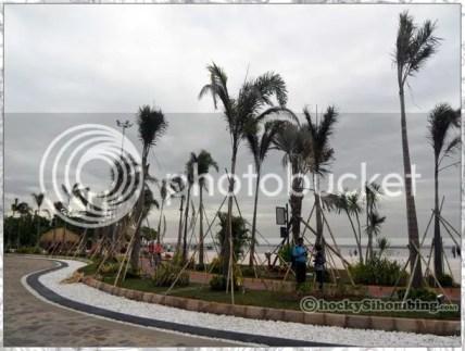 pantai di depan MEIS, Ancol