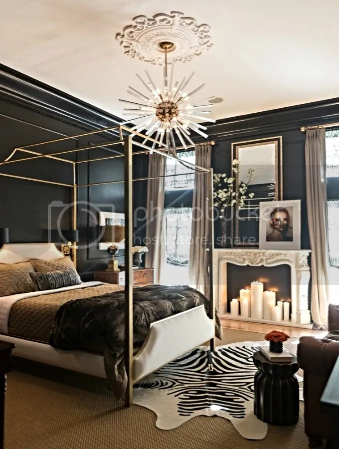 photo dark-interiors-bedroom_1.jpg