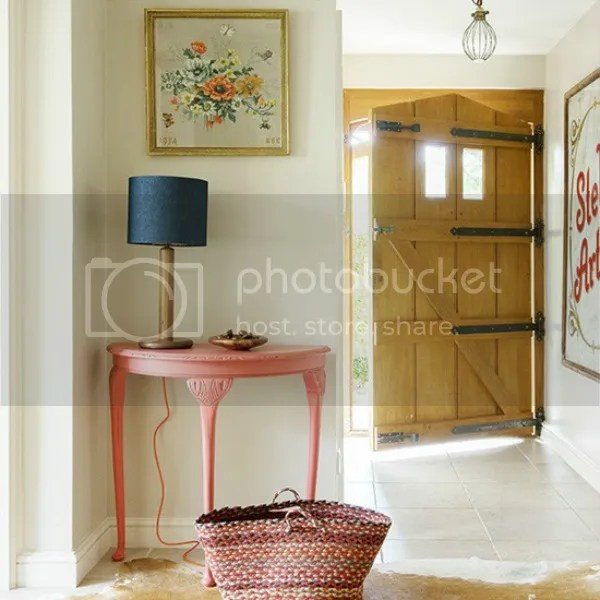 photo polly eltes for country homes and interiors photo east-sussex-home-entryway.jpg