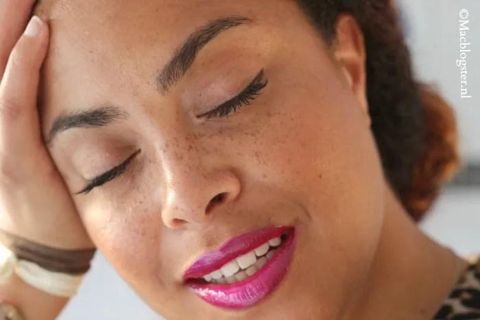 Macblogster voor make-up liefhebbers en als je op zoek bent naar informatie over de verzorging van krullen en kroeshaar