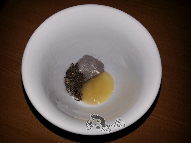 Masca cu ceai verde