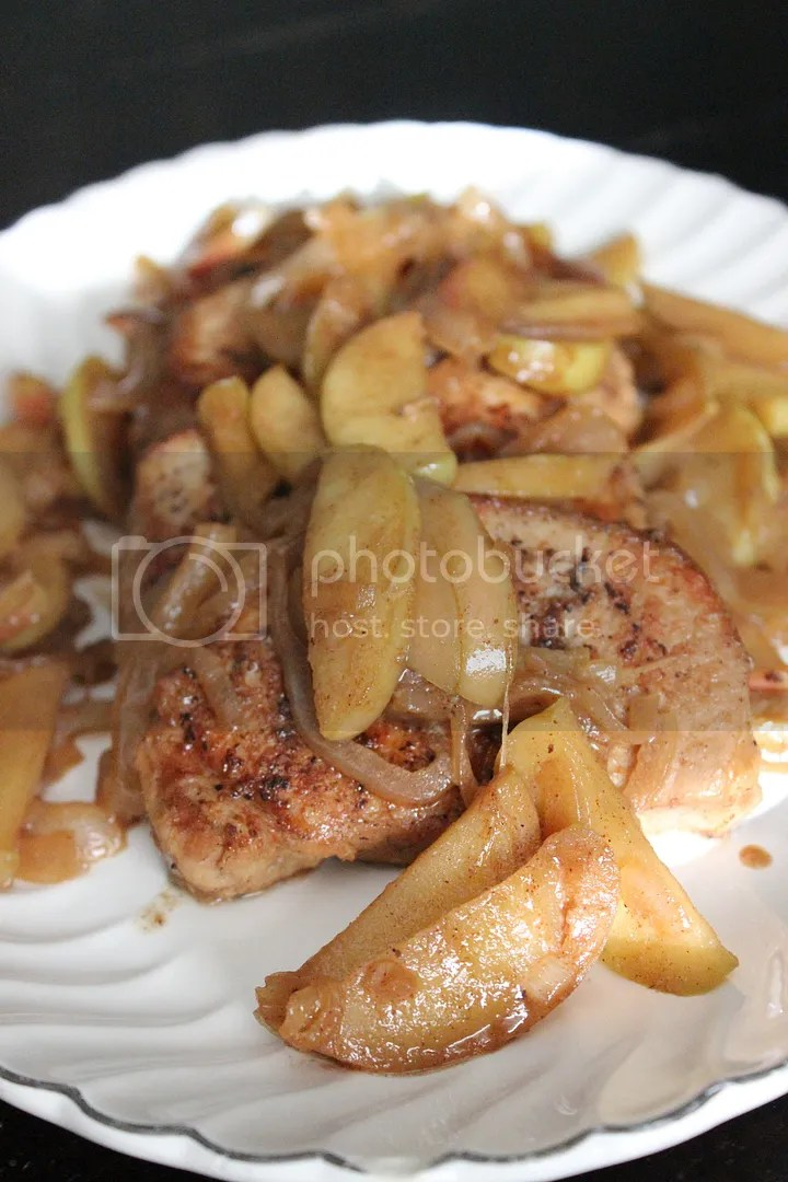 One Pan Apple Cinnamon Pork Chops - Everyday Made Fresh