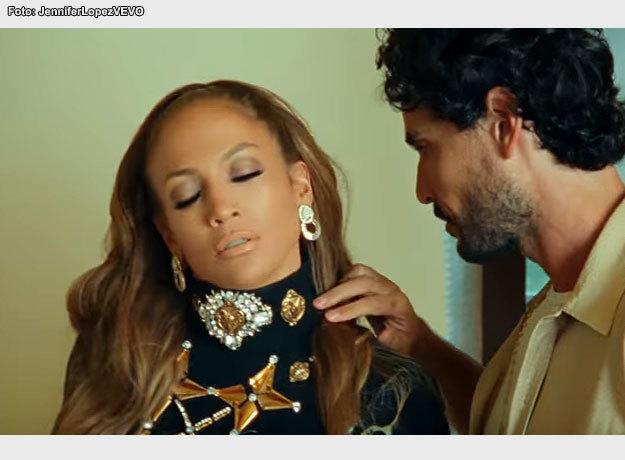 El actor mexicano Kothan Fernández seduce a Jennifer Lopez en su video musical